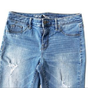 Mossimo Supply Co. Jeans - Mossimo Size 2/26 Distressed High Rise Jeggings